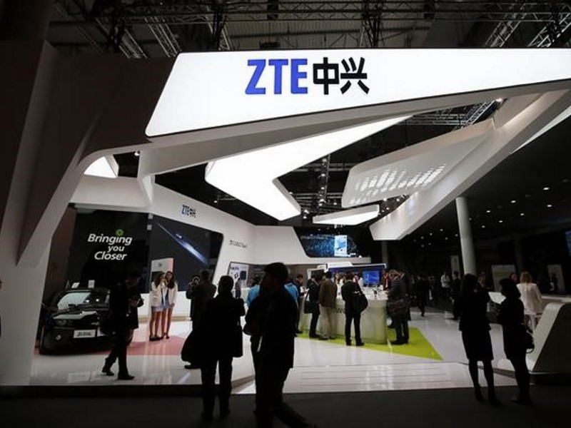 US Lifts Export Curbs on ZTE