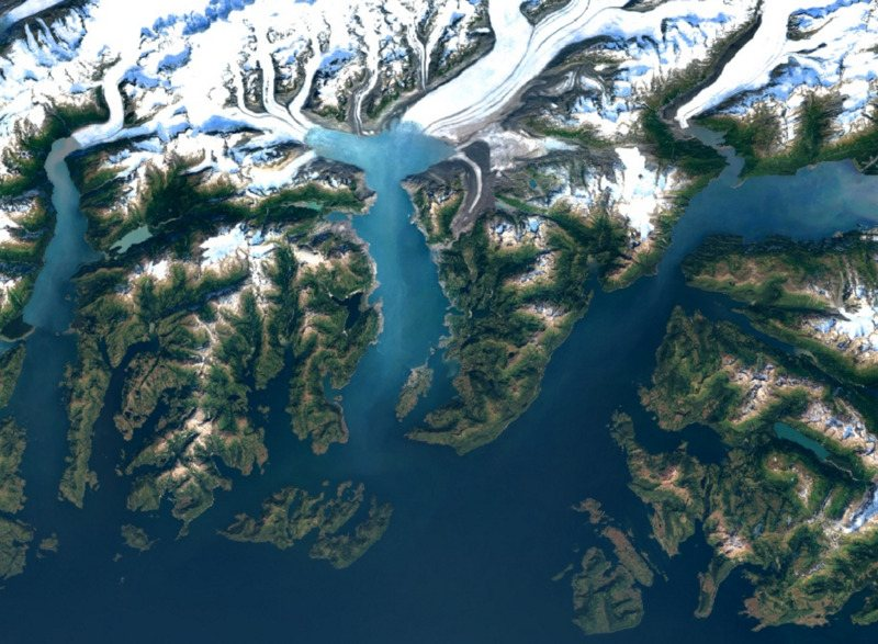 Google Earth, Maps Get Sharper Satellite Imagery