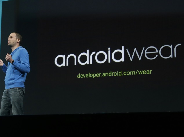 Samsung Gear Live, LG G Watch Android Wear Smartwatches Available via Google Play