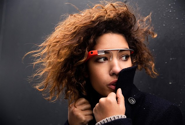 Texting With Google Glass a Distraction for Drivers: Study