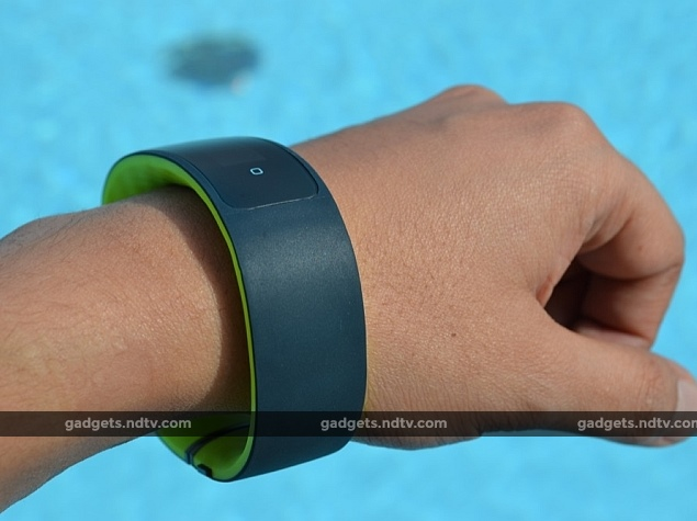 HTC Grip Fitness Tracking Smartband With GPS Launched at MWC 2015