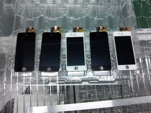 'iPhone 5S' spotted in purported leaked pics of Foxconn factory