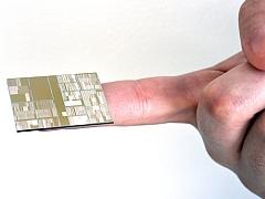 IBM Unveils World's First 7-Nanometre Chips