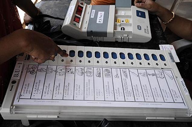 Elections 2014: Internet trends suggest a BJP wave?