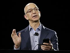 Amazon's Chief Sets Phone Goals