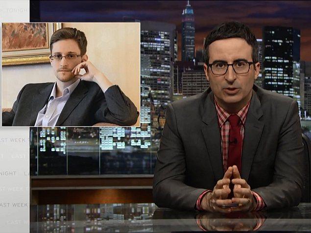Snowden Warns US Still Intercepts Intimate Emails