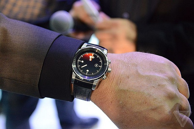 lg_smartwatch_for_audi_2_the_verge_ces_2015.jpg