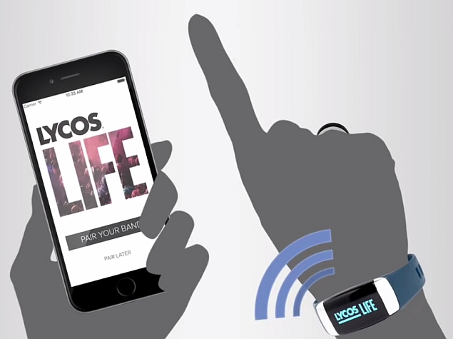 lycos_life_wristband_ring_phone_youtube.jpg