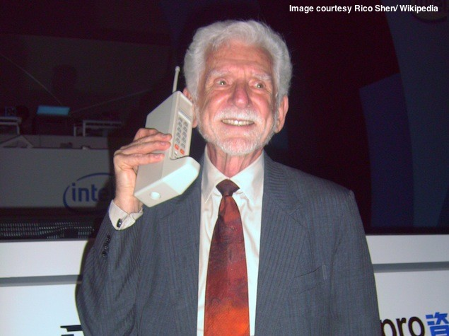 Mobile phones turn 40, pioneer Martin Cooper honoured with 2013 Marconi Prize