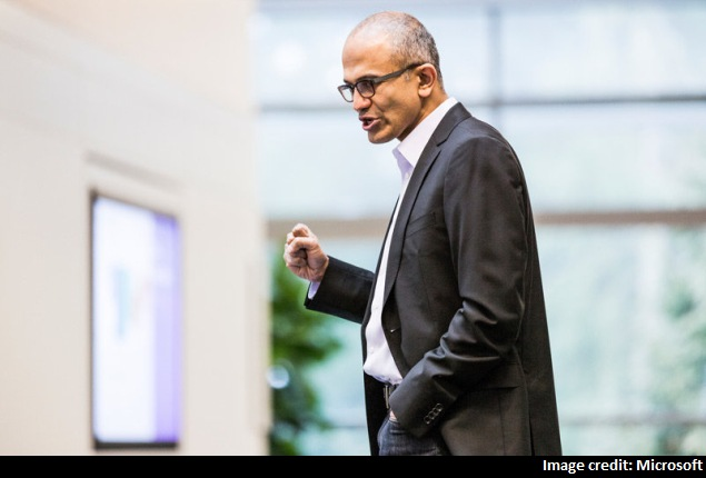Microsoft's Nadella expected to go on the offensive at Office for iPad event