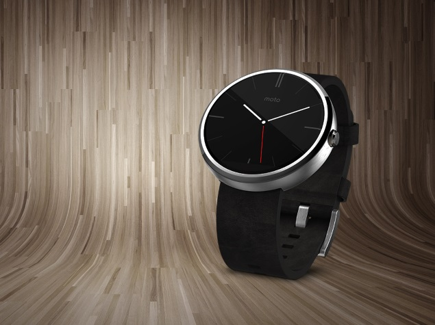 2641ec422 Moto 360 Circular Display Smartwatch Priced at Rs. 17
