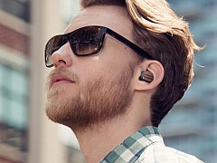 Motorola Launches Moto Hint and Power Pack Micro Accessories