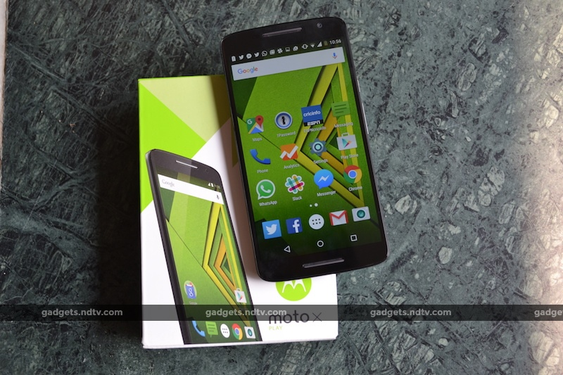 Moto X Play Review: Boringly Good