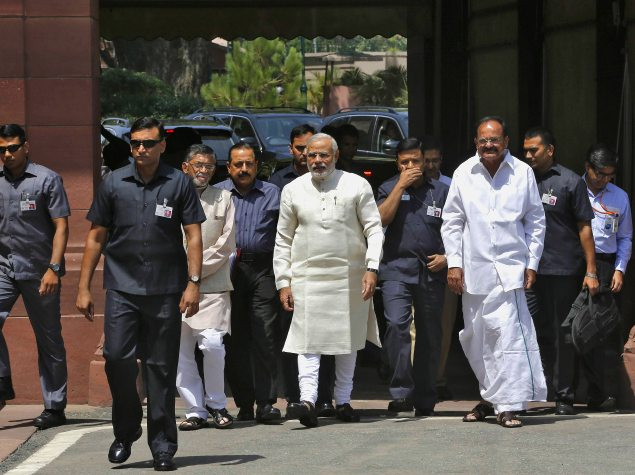 Facebook and Twitter Forging Deep Ties With Modi Government