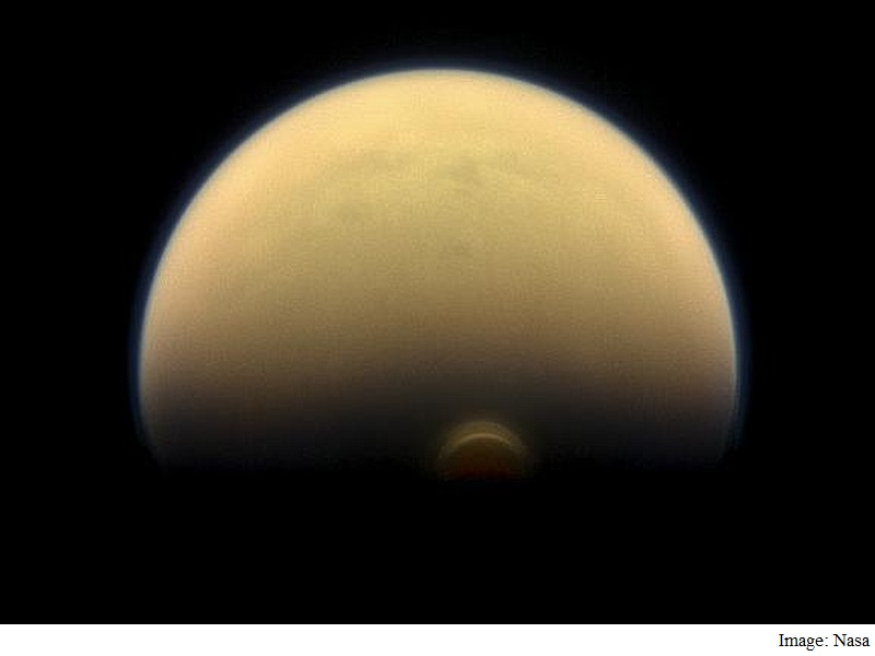 Nasa's Cassini Finds Giant Ice Cloud on Titan