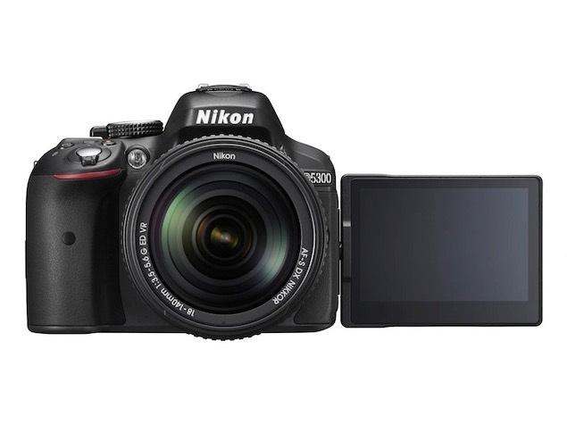 Nikon D5300, MacBook Pro, Sony Smartwatch 3, <i>Desi</i> Chromecast, and More Tech Deals