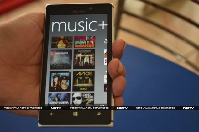 nokia-lumia-925-music.jpg