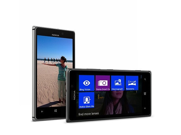 Nokia Lumia 925 goes on sale, Nokia Glance Screen announced
