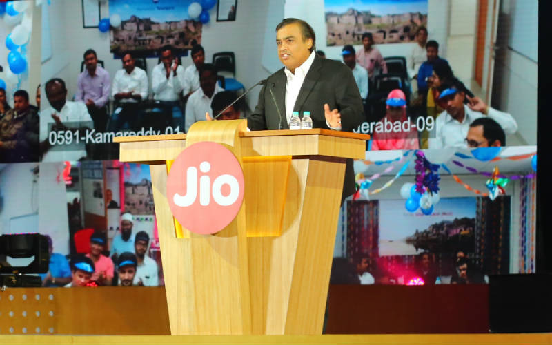 Reliance Jio Ties Up With 8 Global Carriers