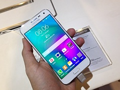 Samsung Galaxy E5, Galaxy E7 Selfie-Focused Smartphones Launched in India