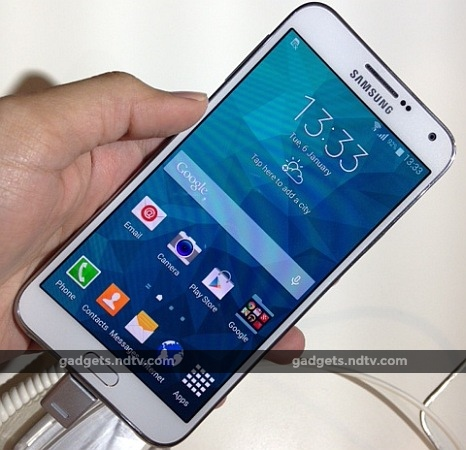 Samsung Galaxy E5 Galaxy E7 Selfie Focused Smartphones Launched In