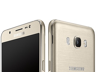 Samsung Galaxy J7 (2016) Listed to Receive Android Oreo
