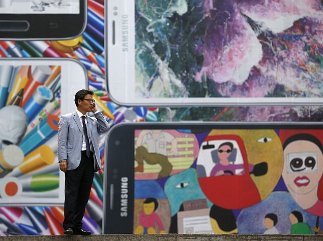 Samsung Replaces Mobile Design Head Amid Galaxy S5 Criticism