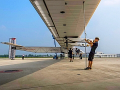 Solar Impulse 2 Grounded in Hawaii for Repairs