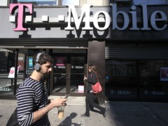 France's Iliad Plans to Bid for Bigger T-Mobile Stake: Report