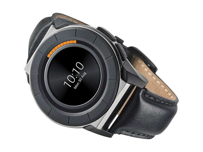Titan Juxt Pro Smartwatch With 1 3-Inch Display Launched at
