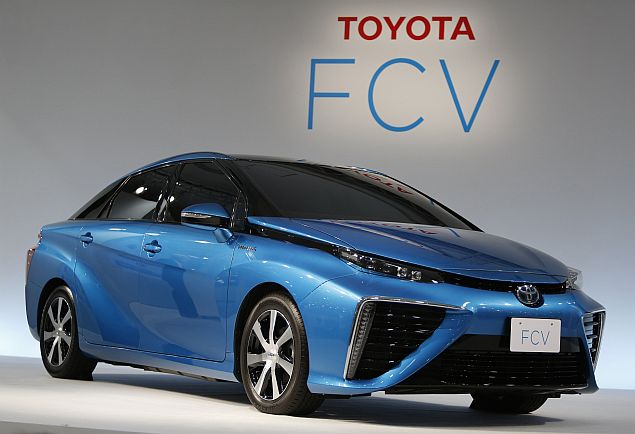 Japan to Offer Subsidy on Fuel Cell Cars to Promote the Technology