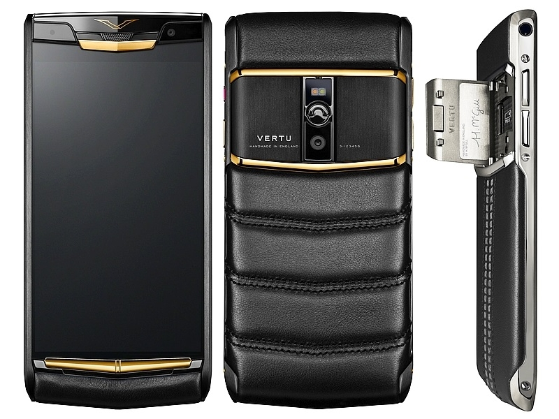 Vertu Signature Touch Is a Premium Smartphone With Top-End Specifications