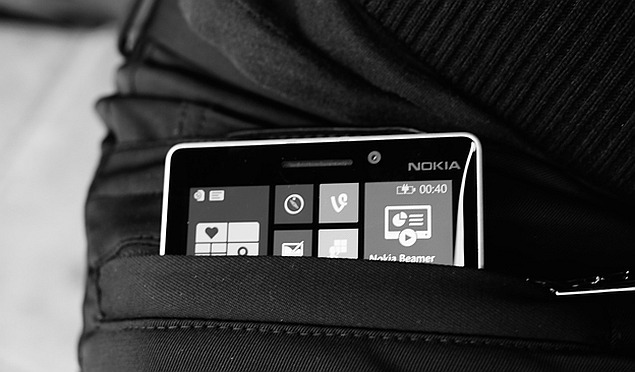 Hackers Threaten Phone in Your Pocket, Experts Warn
