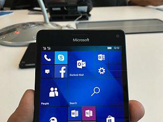 Microsoft Lumia 950 Dual SIM, Lumia 950 XL Dual SIM Launched in India