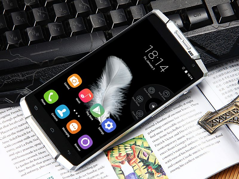 Meet the Android Phone With a Humungous 10000mAh Battery