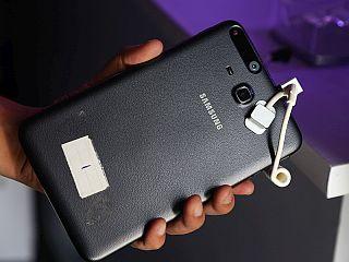 Samsung Galaxy Tab Iris First Impressions