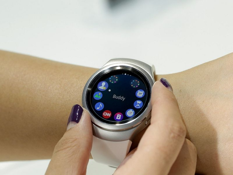 Samsung Gear S2, Gear S2 Classic Smartwatch Price Revealed ...