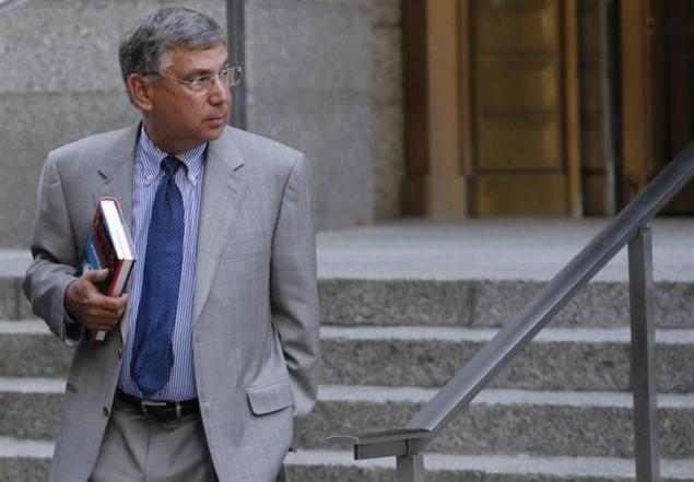 Penguin CEO takes stand in Apple ebooks antitrust case