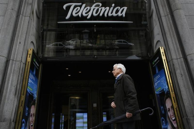 Telefonica in fibre optic deal with Vodafone, Orange in Spain