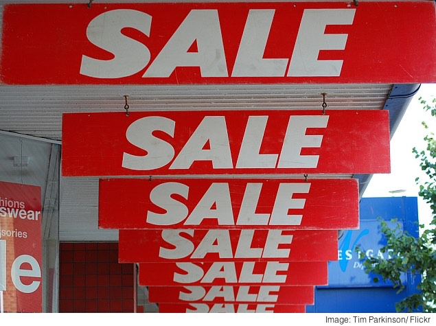 Flipkart, Snapdeal, Amazon: Drowning in Deals, Paralysed by Choice